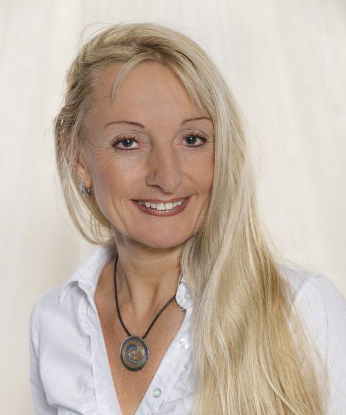 Mag. pharm. Heike Weißmann-Ouimet